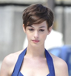 Haute or Not?: Anne Hathaway's New Pixie Haircut - Beauty ...